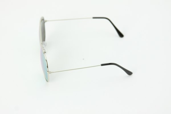 On The Fly Aviator Sunglasses 360 View