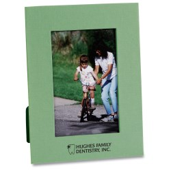 View a larger, more detailed picture of the 4 x 6 Recycled Paper Picture Frame