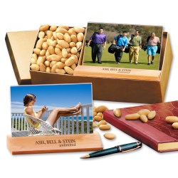 View a larger, more detailed picture of the Photo Frame w Peanuts