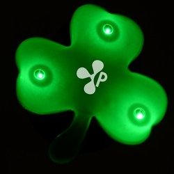 View a larger, more detailed picture of the Flashing Shamrock Pin