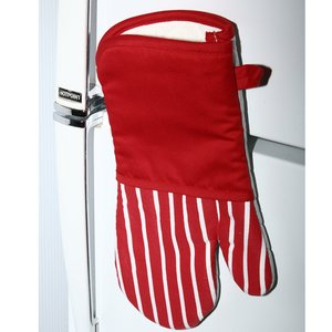 Oven Mitt Image 3 of 3