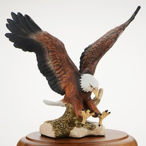 Paramount Porcelain Eagle Award Image 1 of 2