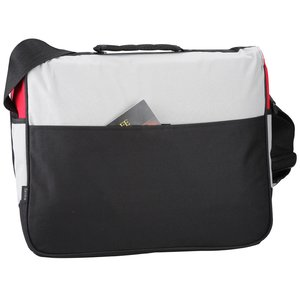 Freestyle Laptop Messenger Bag - 24 hr Image 2 of 3