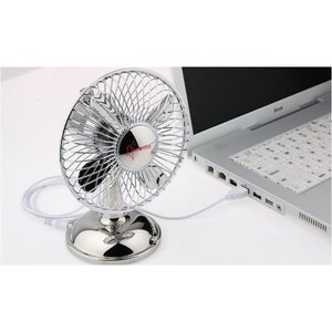 USB Oscillating Desk Fan Image 3 of 4