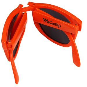 Foldable Sunglasses Image 5 of 5