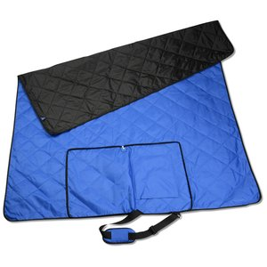 Reversible Outdoor Blanket Image 3 of 4