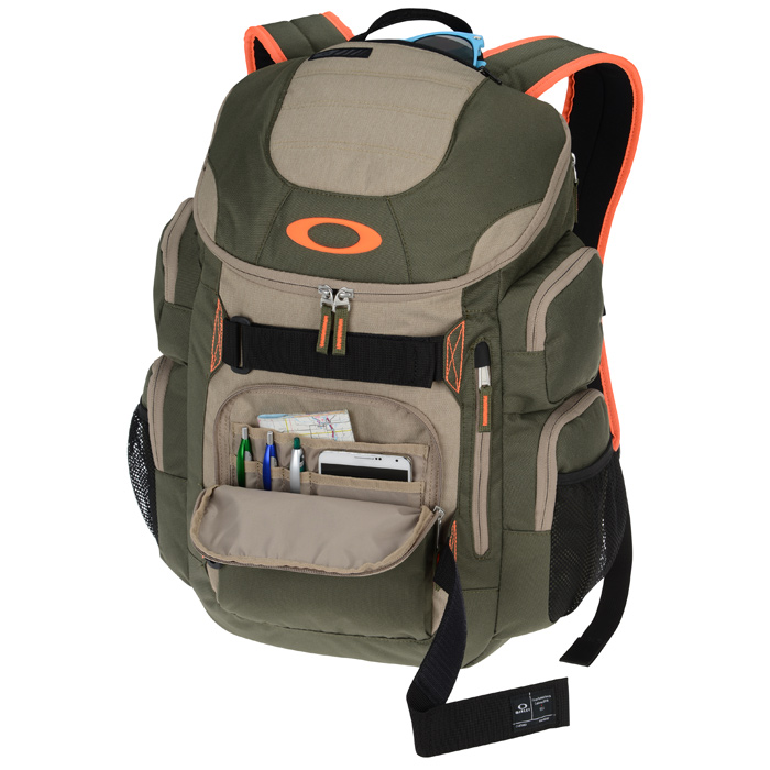 f040c7cb22 Oakley Enduro 30L Backpack Image 1 of 2