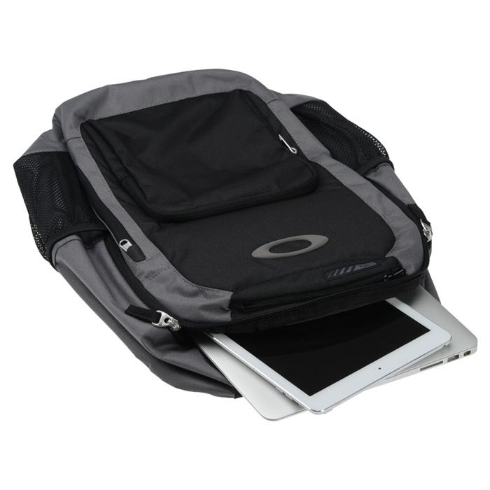 84ee47719d 4imprint.com  Oakley v2 Enduro 22L Backpack 138903