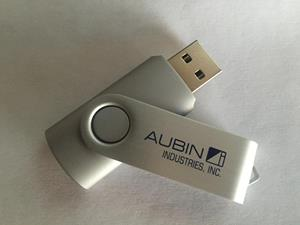 Customer photo from Shanda of our Swing USB Drive - 1GB - 3 Day