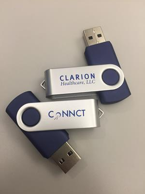 Customer photo from Eli of our Swing USB Drive - 4GB - 3 Day