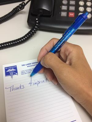 Customer photo from Alejandria of our Paper Mate InkJoy Pen - Translucent